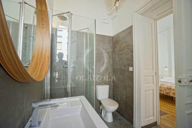 location-vacances-biarritz-magnifique-t3-80m-bellevue-balcons-plages-a-pied-commerce-a-pied-plein-centre-1etage-apercu-mer028