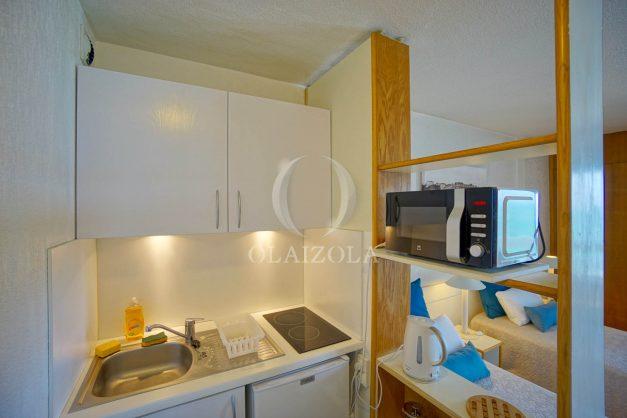 location-vacances-biarritz-studio-vue-mer-sublime-8-étages-loggia-grande-plage-premier-plan-victoria-surf-centre-ville012