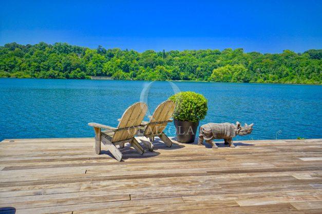 location-vacances-biarritz-villa-prestige-bord-du-lac-pontont-piscine-terrasse-agence-olaizola-004