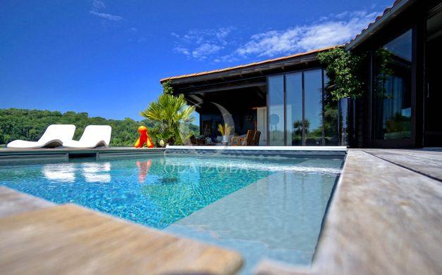 location-vacances-biarritz-villa-prestige-bord-du-lac-pontont-piscine-terrasse-agence-olaizola-008