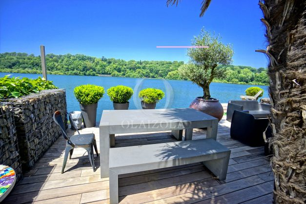 location-vacances-biarritz-villa-prestige-bord-du-lac-pontont-piscine-terrasse-agence-olaizola-012