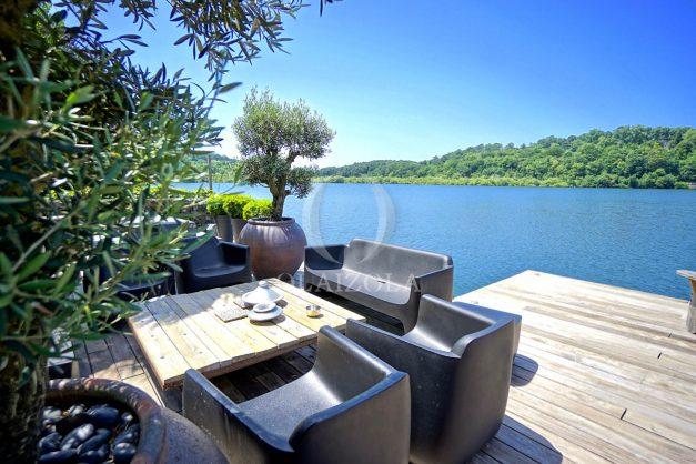 location-vacances-biarritz-villa-prestige-bord-du-lac-pontont-piscine-terrasse-agence-olaizola-015