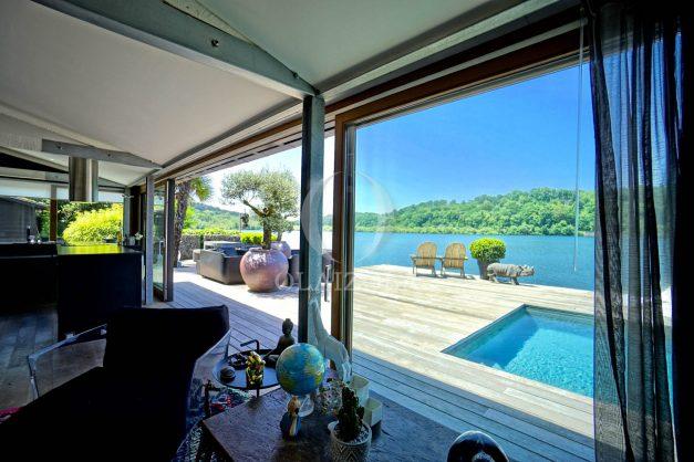 location-vacances-biarritz-villa-prestige-bord-du-lac-pontont-piscine-terrasse-agence-olaizola-018