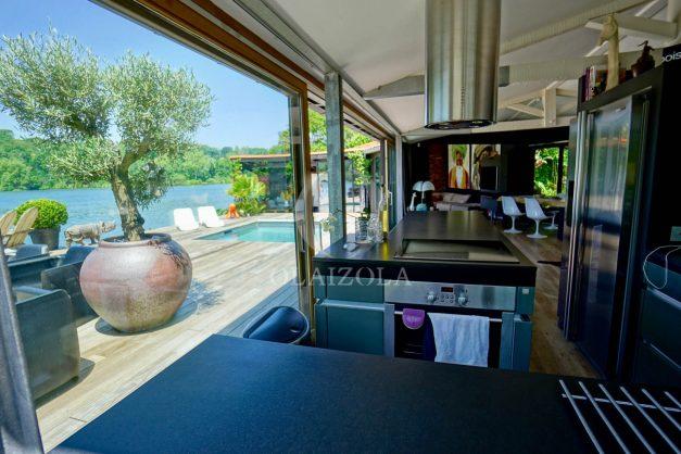 location-vacances-biarritz-villa-prestige-bord-du-lac-pontont-piscine-terrasse-agence-olaizola-021