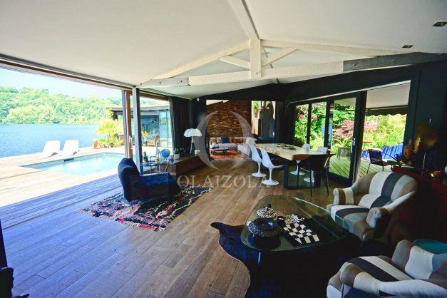location-vacances-biarritz-villa-prestige-bord-du-lac-pontont-piscine-terrasse-agence-olaizola-25