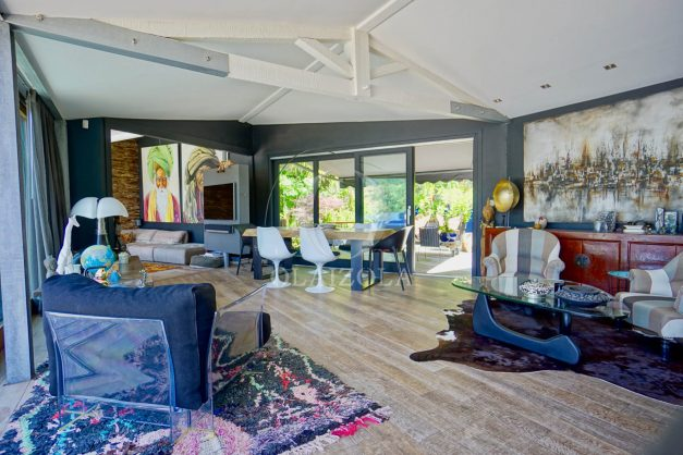 location-vacances-biarritz-villa-prestige-bord-du-lac-pontont-piscine-terrasse-agence-olaizola-29