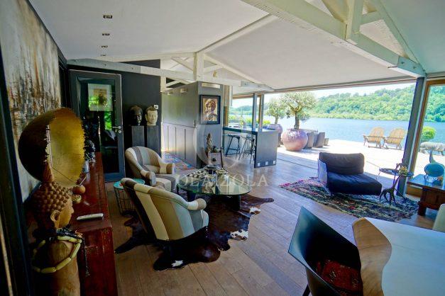location-vacances-biarritz-villa-prestige-bord-du-lac-pontont-piscine-terrasse-agence-olaizola-32