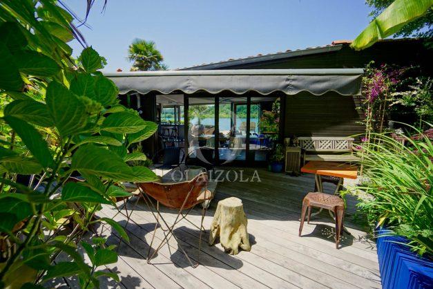 location-vacances-biarritz-villa-prestige-bord-du-lac-pontont-piscine-terrasse-agence-olaizola-38