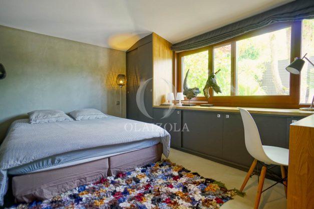 location-vacances-biarritz-villa-prestige-bord-du-lac-pontont-piscine-terrasse-agence-olaizola-41