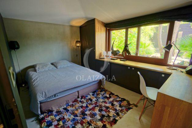 location-vacances-biarritz-villa-prestige-bord-du-lac-pontont-piscine-terrasse-agence-olaizola-43