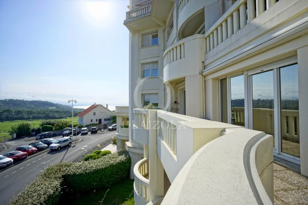 location-vacances-bidart-appartement-laroserai-vue-mer-golf-terrasse-balcon-magnifique-location-vacances-bidart-appartement-laroserai-vue-golf-terrasse-balcon-magnifique-006