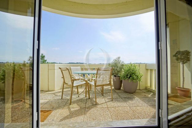 location-vacances-bidart-appartement-laroserai-vue-mer-golf-terrasse-balcon-magnifique-location-vacances-bidart-appartement-laroserai-vue-golf-terrasse-balcon-magnifique-011