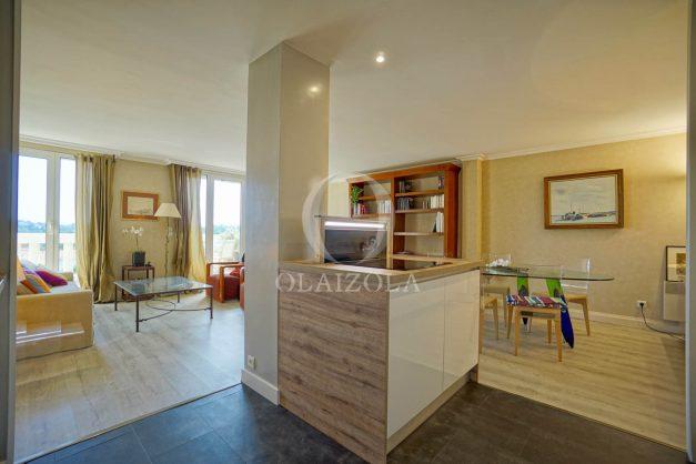 location-vacances-bidart-appartement-laroserai-vue-mer-golf-terrasse-balcon-magnifique-location-vacances-bidart-appartement-laroserai-vue-golf-terrasse-balcon-magnifique-027