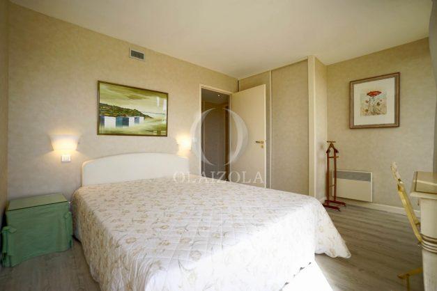 location-vacances-bidart-appartement-laroserai-vue-mer-golf-terrasse-balcon-magnifique-location-vacances-bidart-appartement-laroserai-vue-golf-terrasse-balcon-magnifique-050