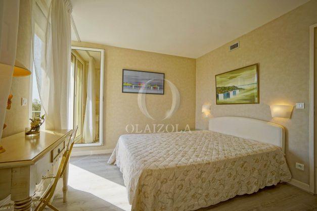 location-vacances-bidart-appartement-laroserai-vue-mer-golf-terrasse-balcon-magnifique-location-vacances-bidart-appartement-laroserai-vue-golf-terrasse-balcon-magnifique-051