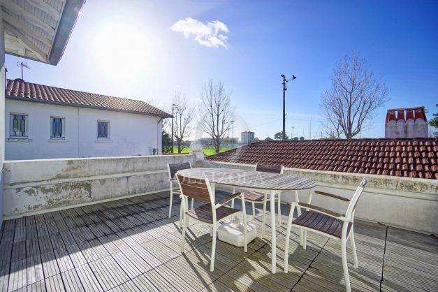 location-vacances-biarritz-appartement-refait-a-neuf-duplex-garage-terrasse-ensoleillee-plein-sud-migron-2020-002