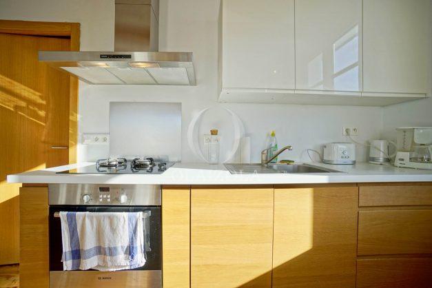 location-vacances-biarritz-appartement-refait-a-neuf-duplex-garage-terrasse-ensoleillee-plein-sud-migron-2020-017