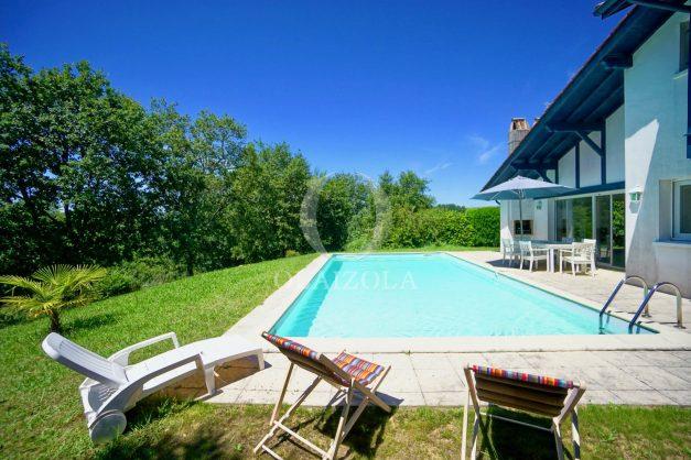 location-vacances-cote-basque-golf-villa-piscine-terrasse-makila-jardin-proche-plages-012