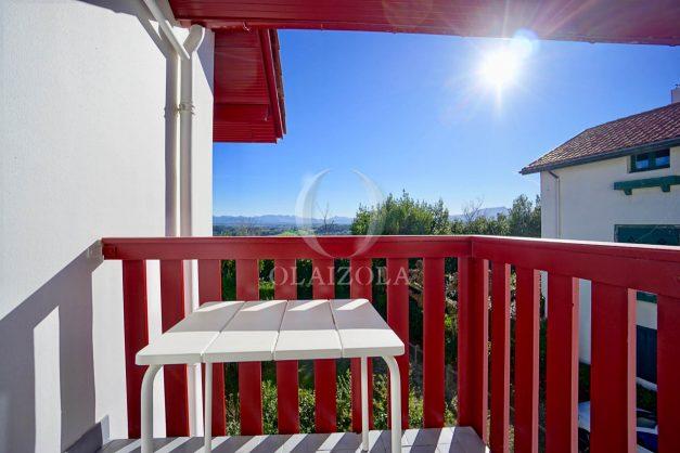 location-vacances-T3-bidart-erretegia-village-parking-terrasse-ensoleillee-plage-a-pied-2020-016