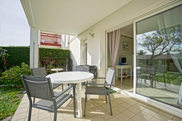 location-vacances-bidart-t2-jardin-terrasse-parking-plage-a-pied-plancha-2021-002