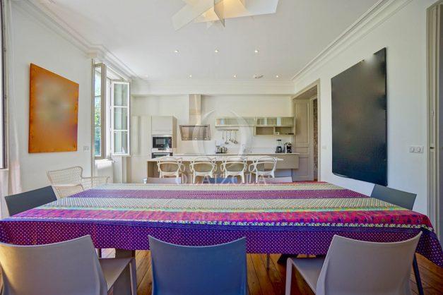 location-vacances-biarritz-appartement-t4-terrasses-jardins-proche-centre-ville-plages-standing-salon-jardin-028