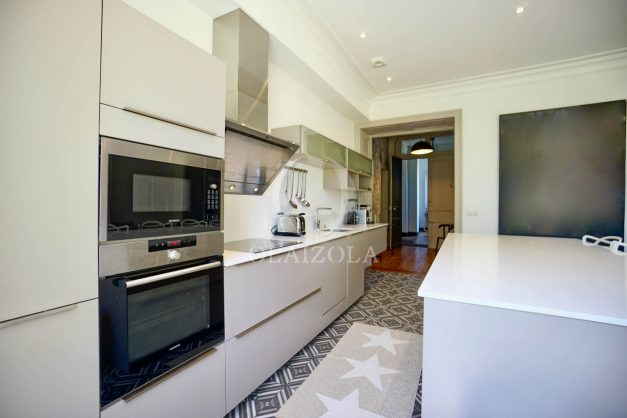 location-vacances-biarritz-appartement-t4-terrasses-jardins-proche-centre-ville-plages-standing-salon-jardin-036