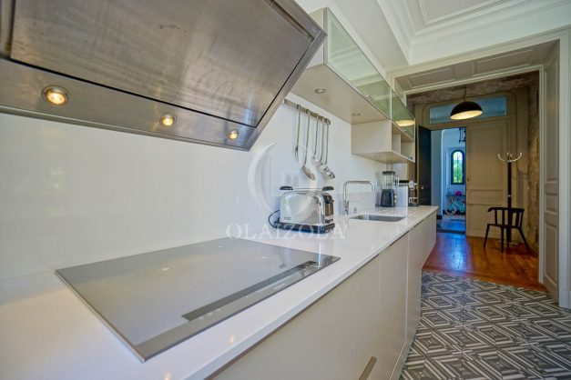 location-vacances-biarritz-appartement-t4-terrasses-jardins-proche-centre-ville-plages-standing-salon-jardin-039