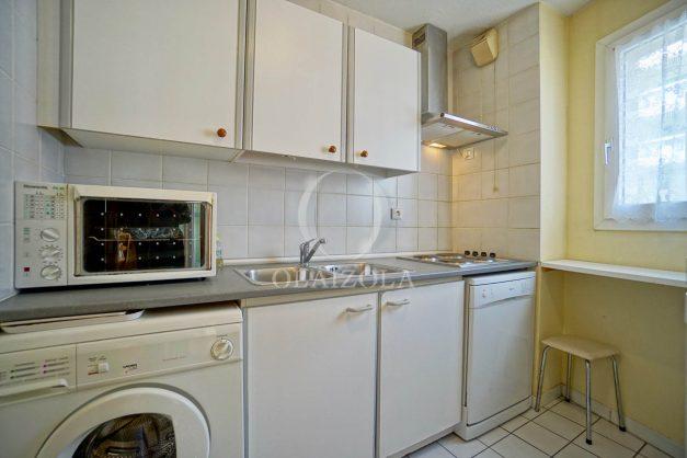 location-vacances-biarritz-appartement-proche-grande-plage-hotel-du-palais-centre-ville-parking-terrasse-balcon-plage-a-pied-2021-012