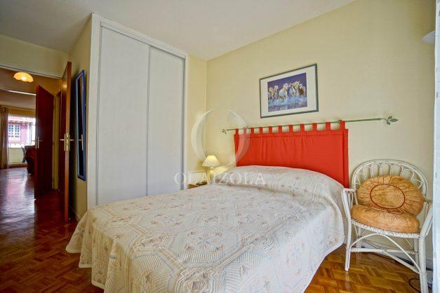 location-vacances-biarritz-appartement-proche-grande-plage-hotel-du-palais-centre-ville-parking-terrasse-balcon-plage-a-pied-2021-016