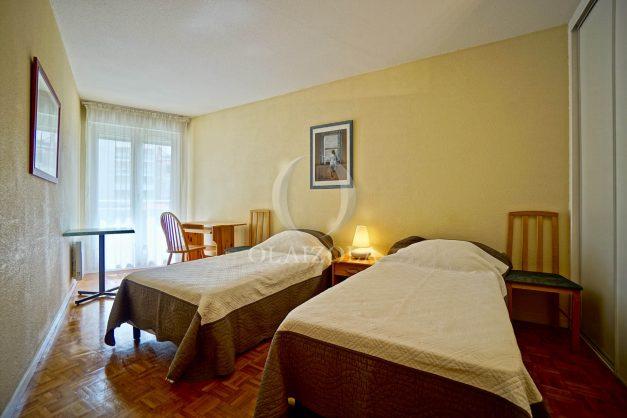 location-vacances-biarritz-appartement-proche-grande-plage-hotel-du-palais-centre-ville-parking-terrasse-balcon-plage-a-pied-2021-018