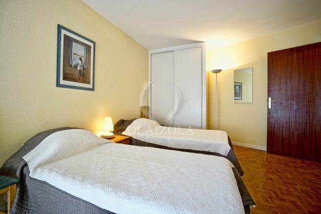 location-vacances-biarritz-appartement-proche-grande-plage-hotel-du-palais-centre-ville-parking-terrasse-balcon-plage-a-pied-2021-019