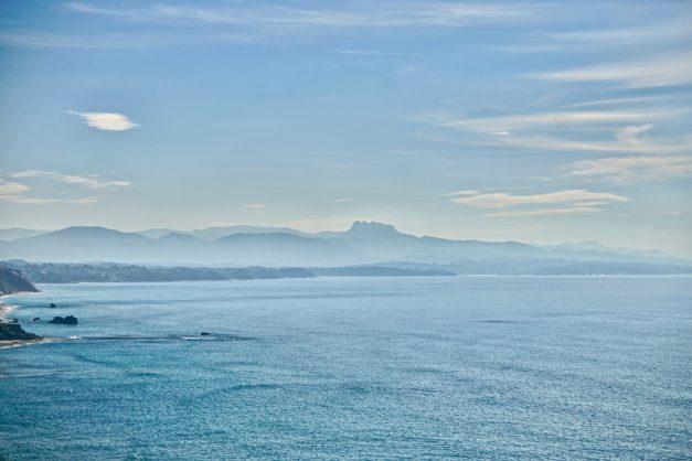 Appartement-Biarritz-T3-location-vacance-incroyable-vue-mer-cote-des-basques-centre-ville-tout-a-pied-climatisation-2021-005
