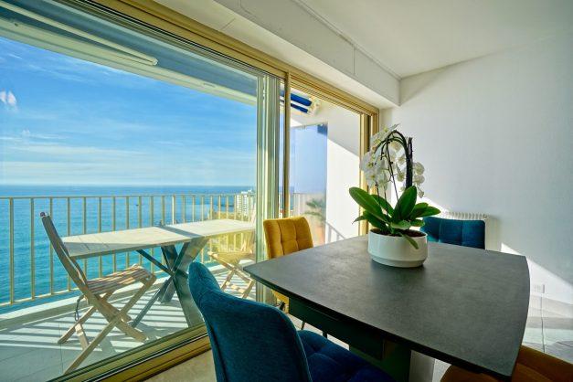 Appartement-Biarritz-T3-location-vacance-incroyable-vue-mer-cote-des-basques-centre-ville-tout-a-pied-climatisation-2021-008