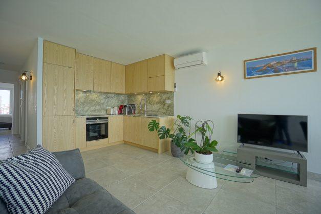 Appartement-Biarritz-T3-location-vacance-incroyable-vue-mer-cote-des-basques-centre-ville-tout-a-pied-climatisation-2021-012