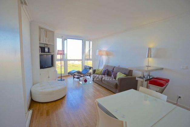 location-vacances-biarritz-bidart-golf-mer-piscine-montagne-ilbarritz-parking-plage-a-pied-012