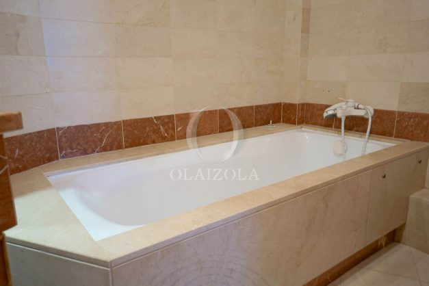 location-vacances-biarritz-bidart-golf-mer-piscine-montagne-ilbarritz-parking-plage-a-pied-021