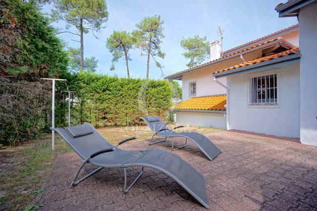 location-vacances-anglet-maison-mitoyenne-a-deux-pas-de-la-plage-des-cavaliers-golf-chiberta-parking-terrasse-barbecue-renove-001
