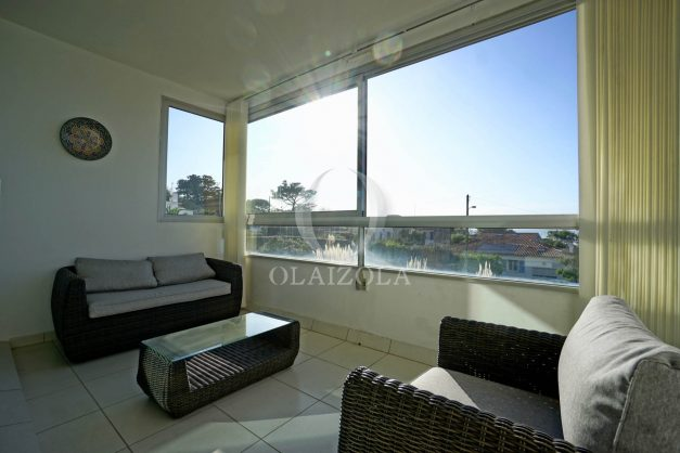 appartement-vue-mer-anglet-chambre-d-amour-location-vacances-biarritz-terrasse-parking-standing-plage-a-pied-2019-008