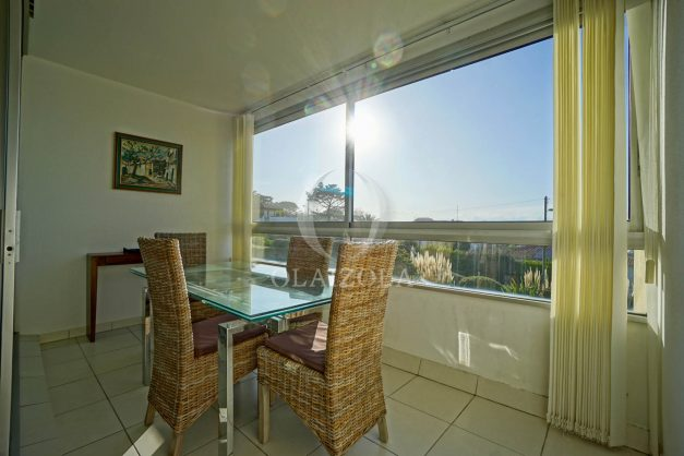 appartement-vue-mer-anglet-chambre-d-amour-location-vacances-biarritz-terrasse-parking-standing-plage-a-pied-2019-019