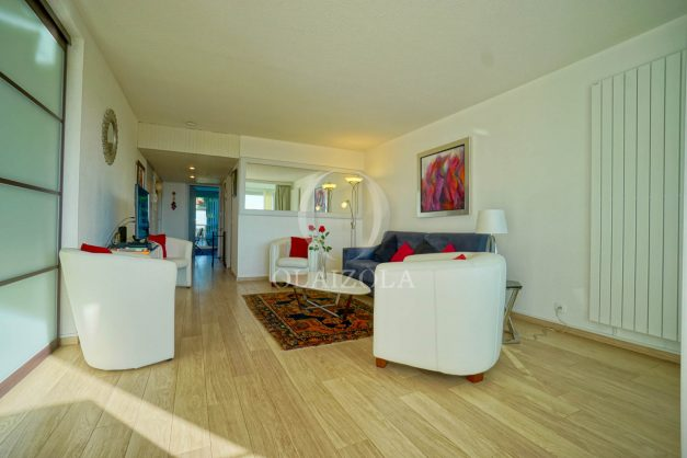 appartement-vue-mer-anglet-chambre-d-amour-location-vacances-biarritz-terrasse-parking-standing-plage-a-pied-2019-021
