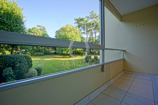appartement-vue-mer-anglet-chambre-d-amour-location-vacances-biarritz-terrasse-parking-standing-plage-a-pied-2019-030