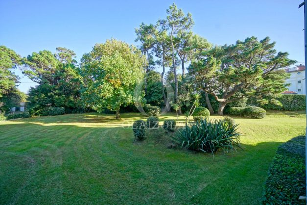 appartement-vue-mer-anglet-chambre-d-amour-location-vacances-biarritz-terrasse-parking-standing-plage-a-pied-2019-042