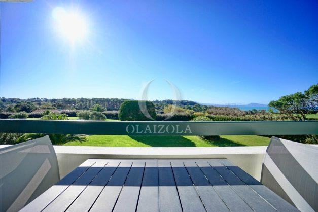 location-vacances-bidart-appartement-vue-mer-ilbarritz-terrasse-piscine-parking-residence-mer-et-golf-plage-a-pied-2020-001