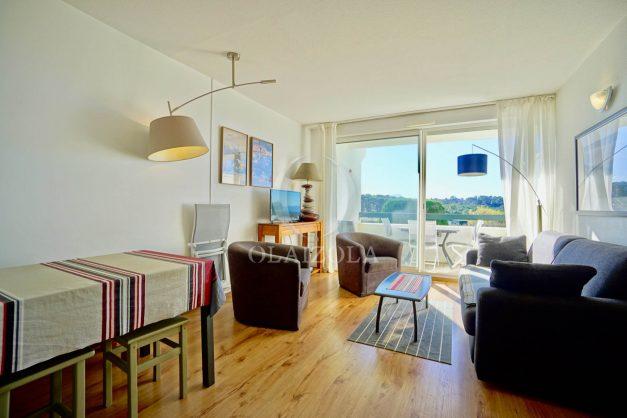 location-vacances-bidart-appartement-vue-mer-ilbarritz-terrasse-piscine-parking-residence-mer-et-golf-plage-a-pied-2020-016