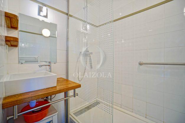 location-vacances-bidart-appartement-vue-mer-ilbarritz-terrasse-piscine-parking-residence-mer-et-golf-plage-a-pied-2020-021