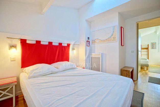 location-vacances-bidart-appartement-vue-mer-ilbarritz-terrasse-piscine-parking-residence-mer-et-golf-plage-a-pied-2020-023
