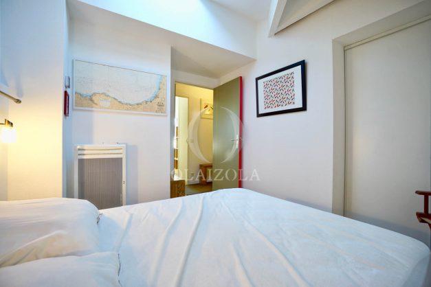 location-vacances-bidart-appartement-vue-mer-ilbarritz-terrasse-piscine-parking-residence-mer-et-golf-plage-a-pied-2020-024