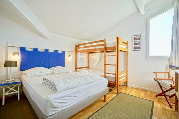 location-vacances-bidart-appartement-vue-mer-ilbarritz-terrasse-piscine-parking-residence-mer-et-golf-plage-a-pied-2020-025