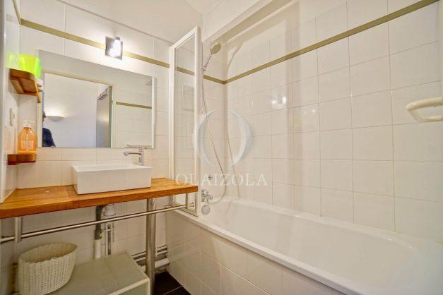 location-vacances-bidart-appartement-vue-mer-ilbarritz-terrasse-piscine-parking-residence-mer-et-golf-plage-a-pied-2020-028
