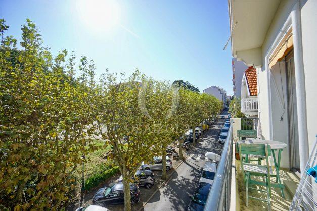 location-vacances-biarritz-appartement-2-chambres-balcon-jardin-public-centre-ville-plage-a-pied-2020-003
